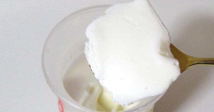 セブンイレブン-とろけるミルクプリン_007